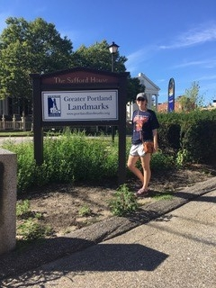 Lauren _Patterson_Landmarks_Sign_Summer_2018.jpg