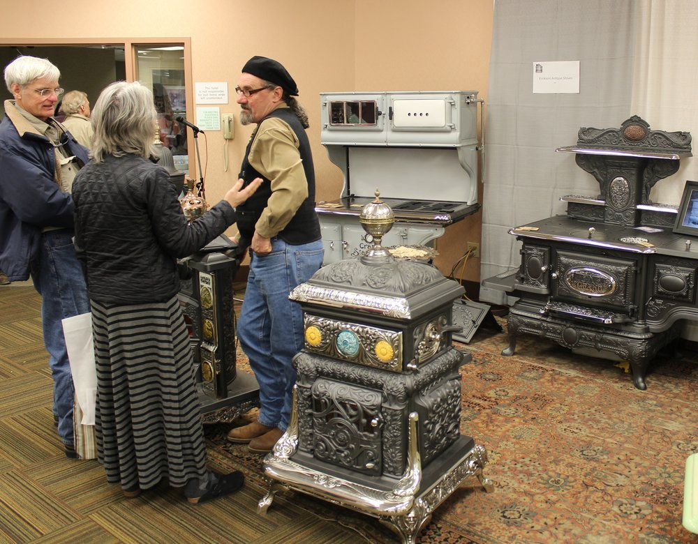 ericsons antique stoves 2.jpg