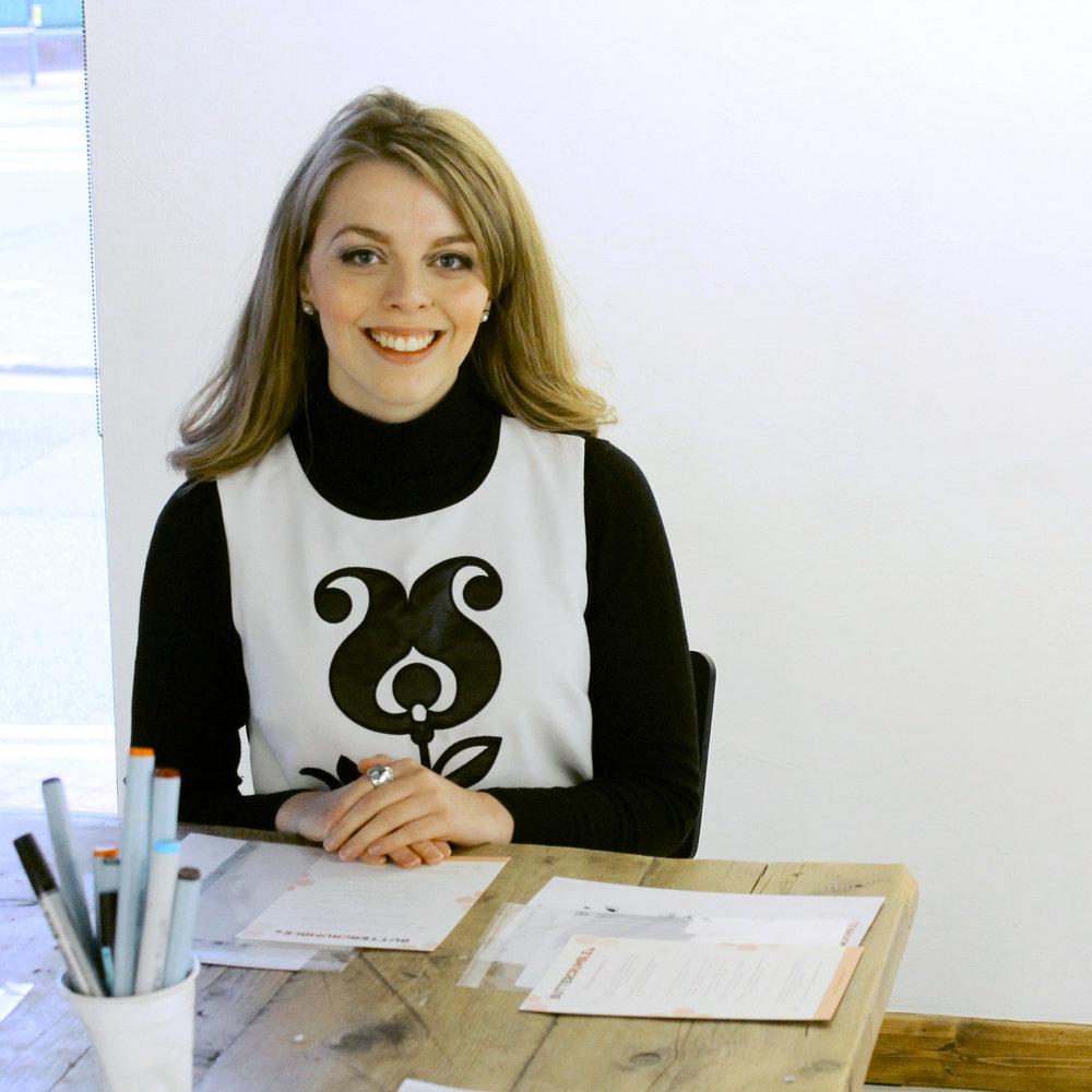 Chloe-at-Cafe-164-Illustration-WEB.jpg