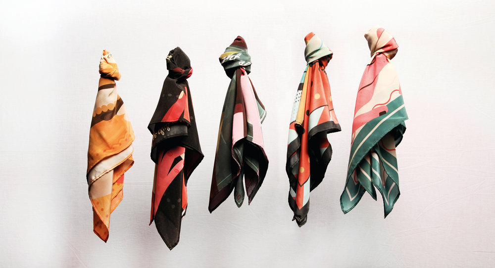 Wearable-Histories-Scarves-Presentation-Use.jpg