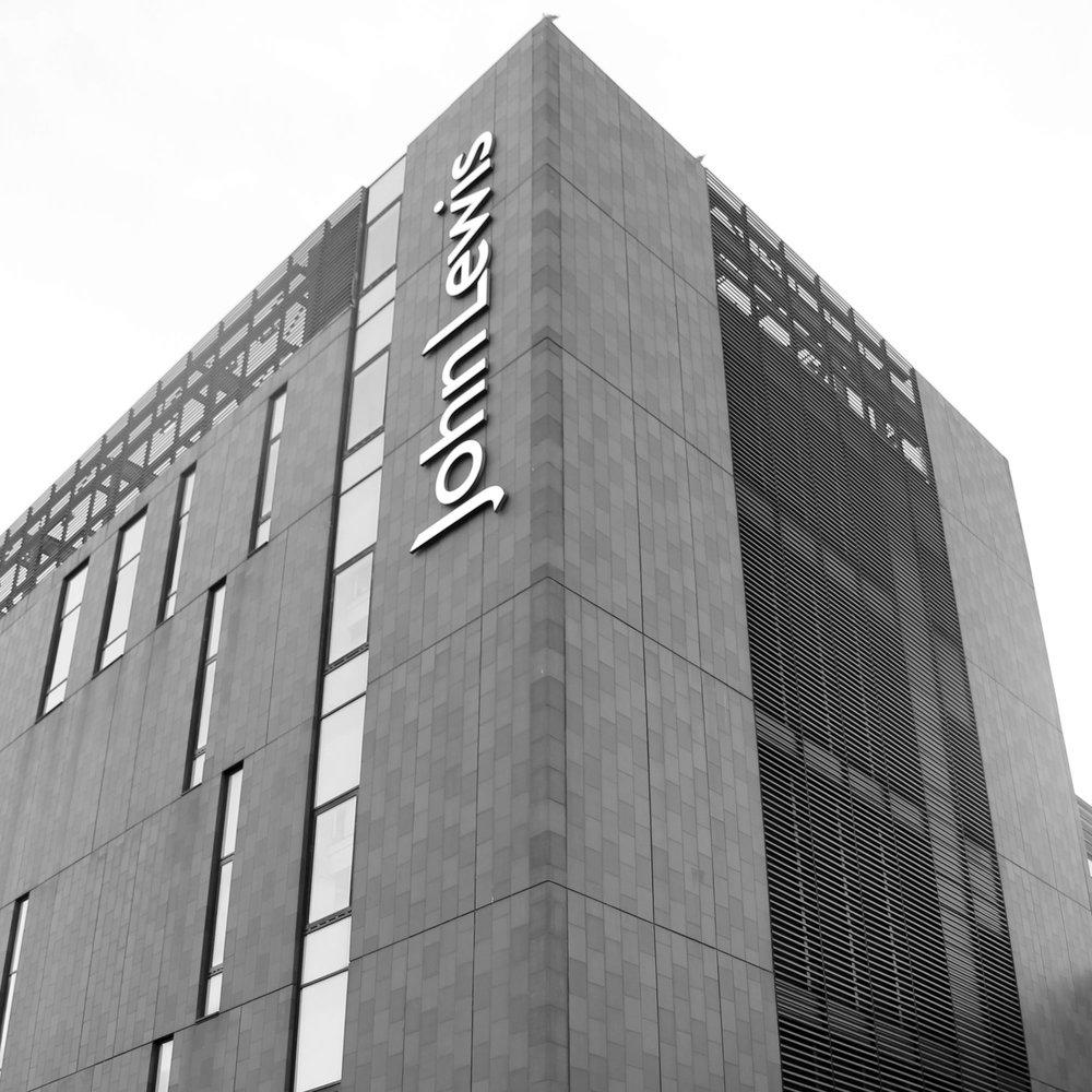 John-Lewis---Moz-The-Monster---Liverpool-Building-BW.jpg