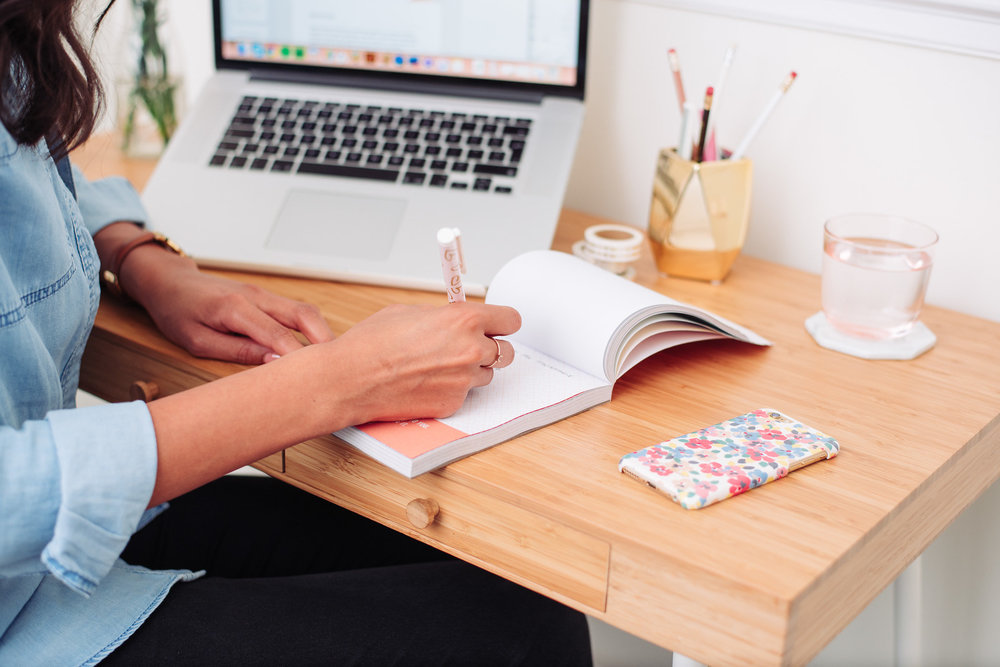 Nesha-Woolery-Business-Mentor-Designers-Web-20 (1).jpg