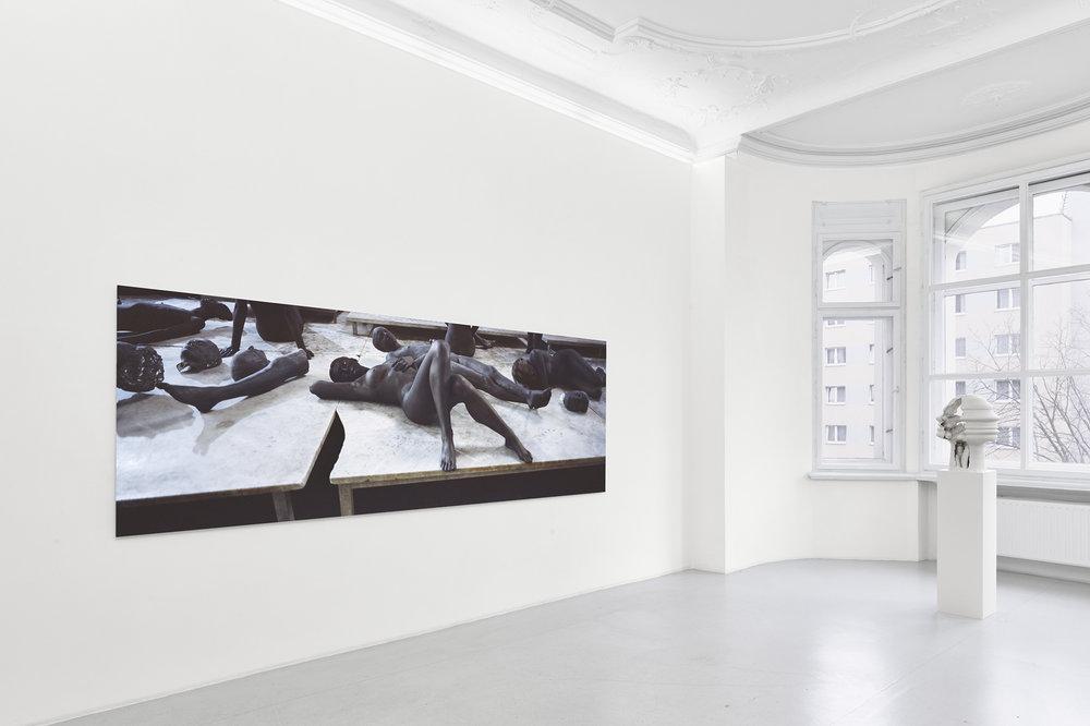 06_satisfy me_ Sammlung Wemhoener, installation view, photo©def_image.jpg