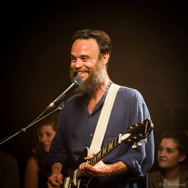 TODAY (July 9) at 11am PST -> Rodrigo Amarante performs live on KCRW Morning Becomes Eclectic.     Tune in for listening at:  http://www.kcrw.com    Tune in for watching at:  https://www.youtube.com/user/kcrw    Playing songs from the new release,  Cavalo,  which NPR's Bob Boilen considers one of the best records released in 2014 thus far.   Tune in and check it out!