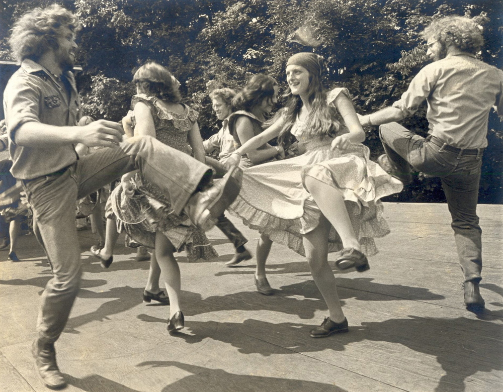 The Green Grass Cloggers Greenville, North Carolina (early 1970s) (left to right: Rodney Sutton, Toni Jordan, Dudley Culp)  Dance Musicians