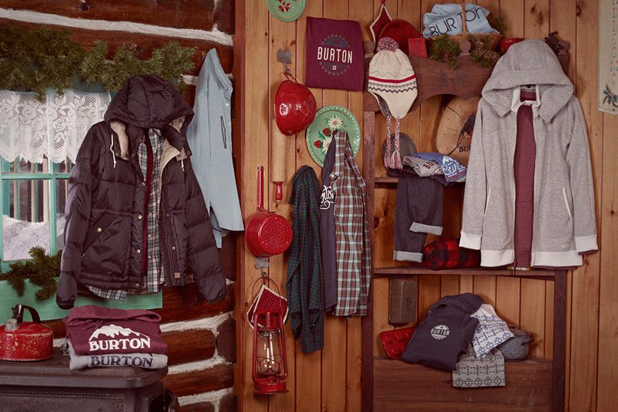 9_Burton_Holiday_WomensOffHill.jpg