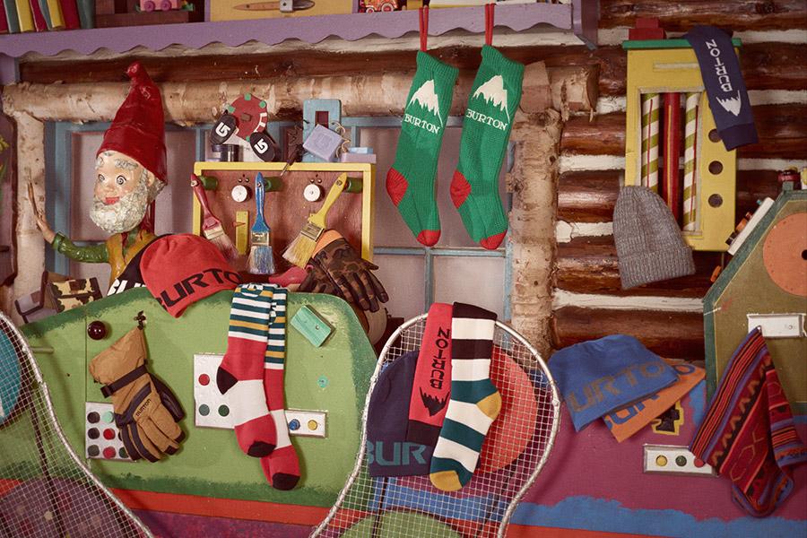 11_Burton_Holiday_StockingMens.jpg