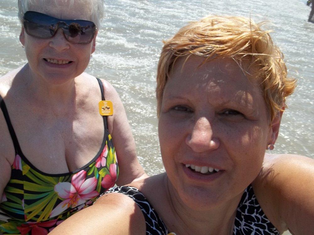 RR OC, NJ selfie with mom.JPG