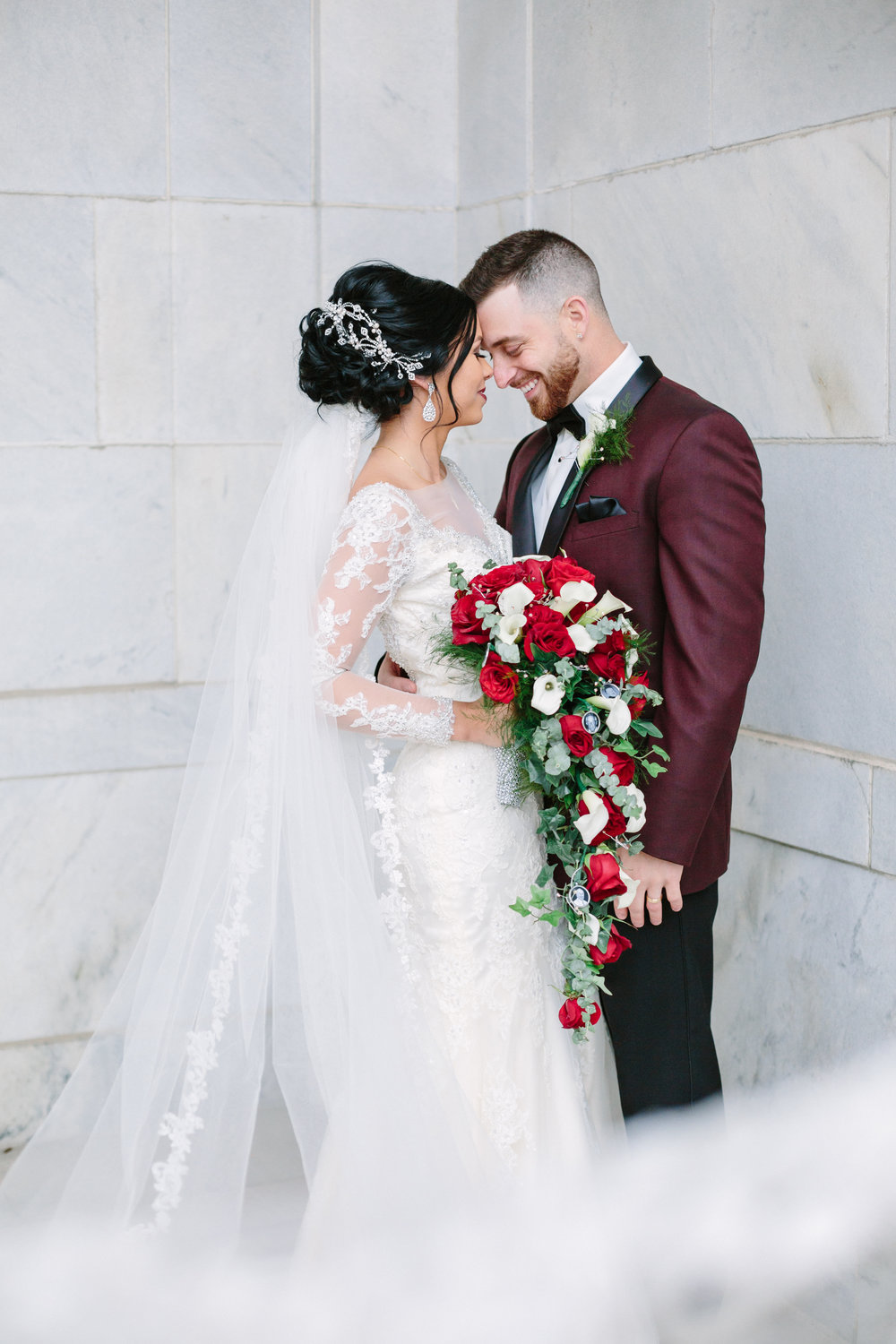 Luxurious Youngstown Wedding