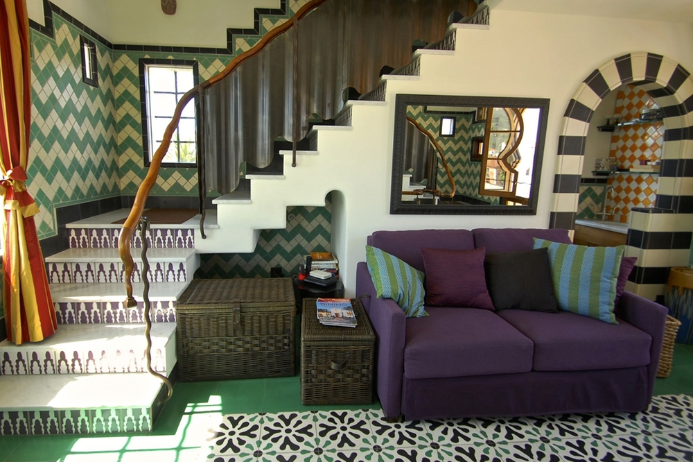 Lounge-5.jpg