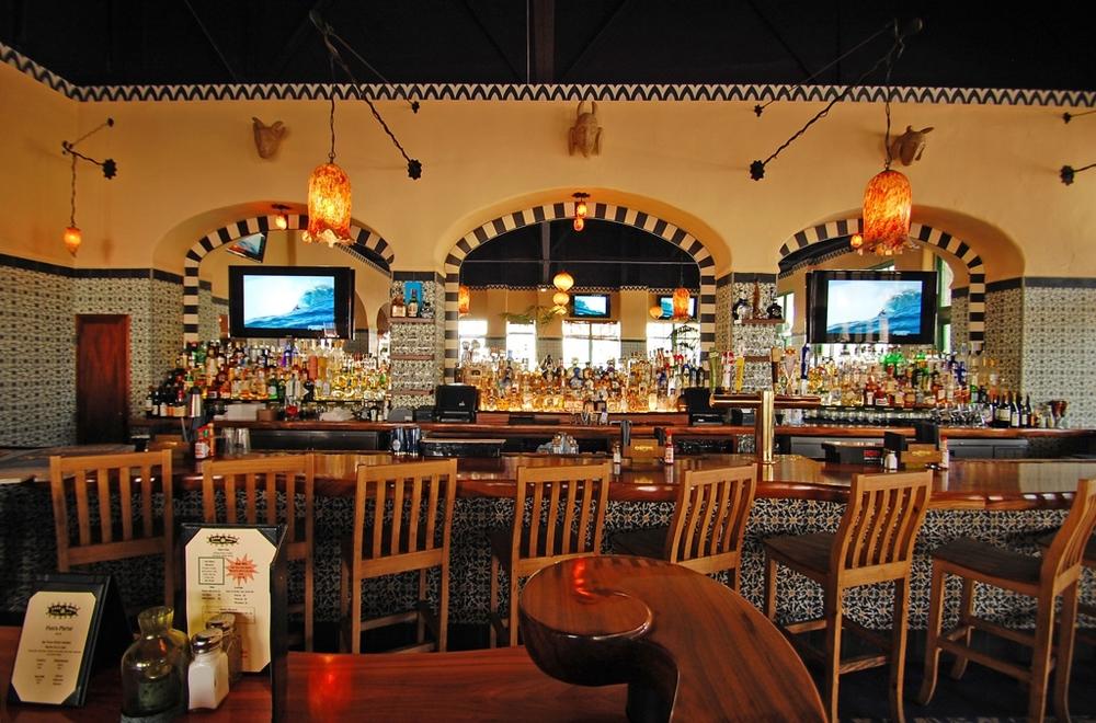 Casa-Blanca-Restaurant_Interior1112.jpg