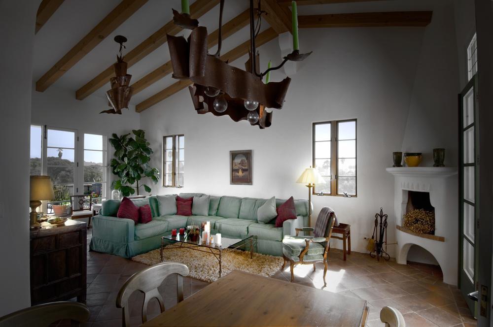 I_livingroom_b.jpg