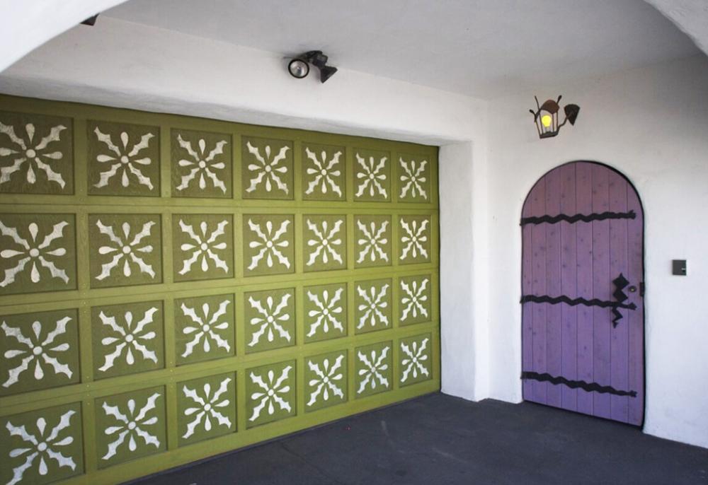 Pistachio-Garage-Stencil.jpg