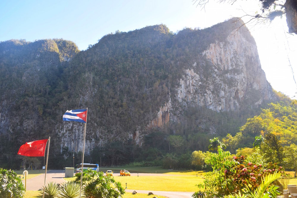 How to take a day trip to Vinales Cuba from Havana. Only 3 hours away and well worth the ride - Tessa Juliette | http://travelwheretonext.com/cuba