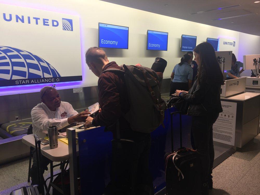 At the airport - getting a US visa for Cuba - Tessa Juliette | http://travelwheretonext.com