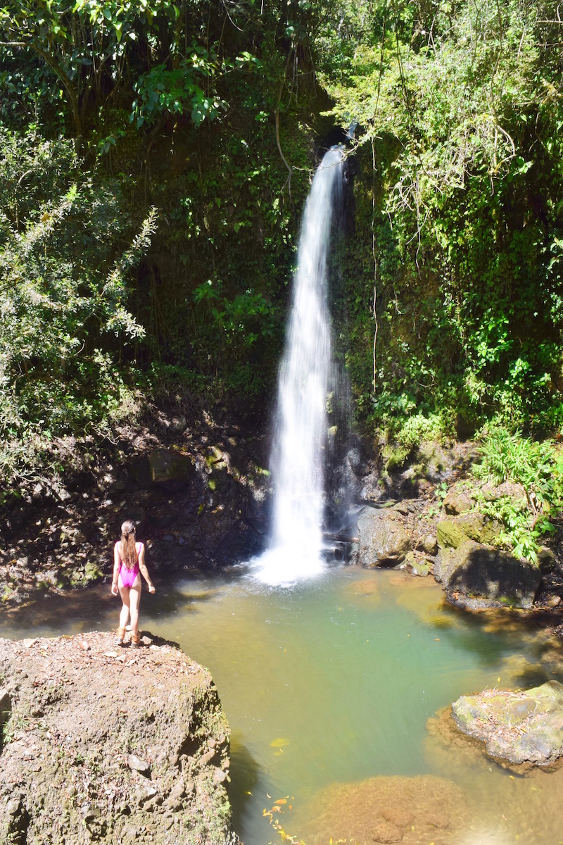 find waterfalls everywhere in costa rica.   One of the best things to do in Costa Rica.   Tessa Juliette | Travel Where to Next http://travelwheretonext.com