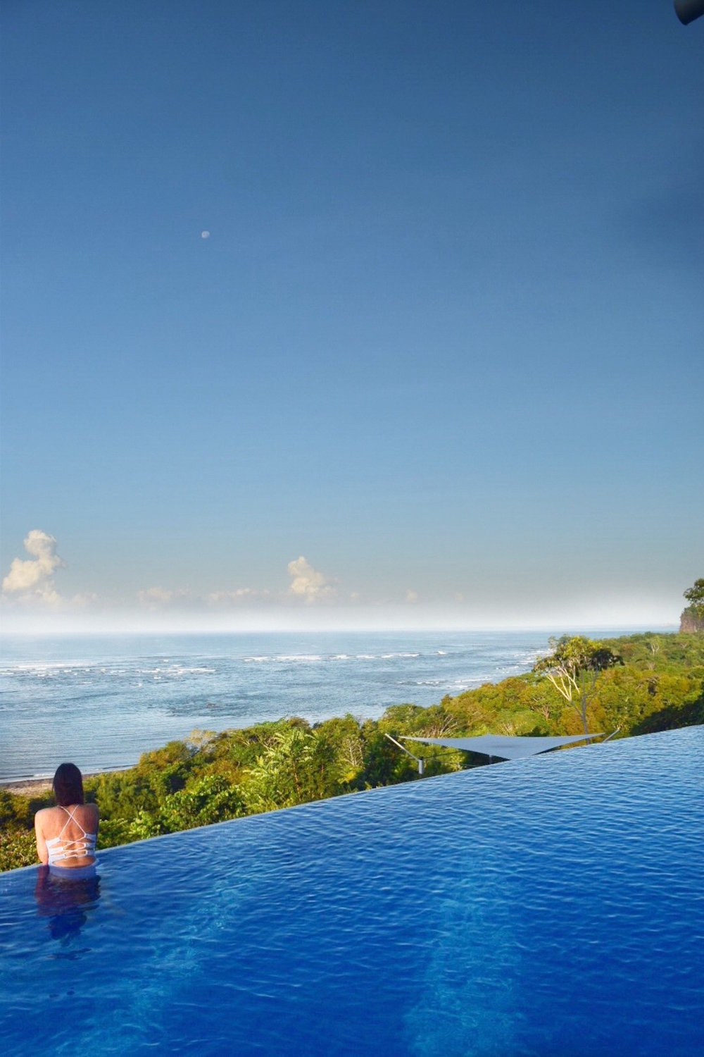 Infinity pool at El Castillo