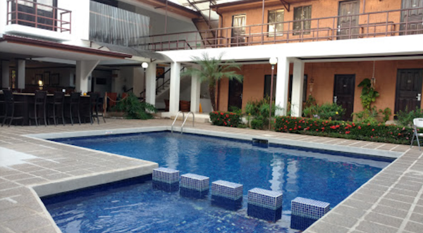 Pool at Hotel Rincon De Llano Liberia Airport Hotel