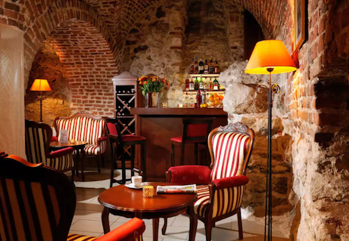 Hotel Santi Bar
