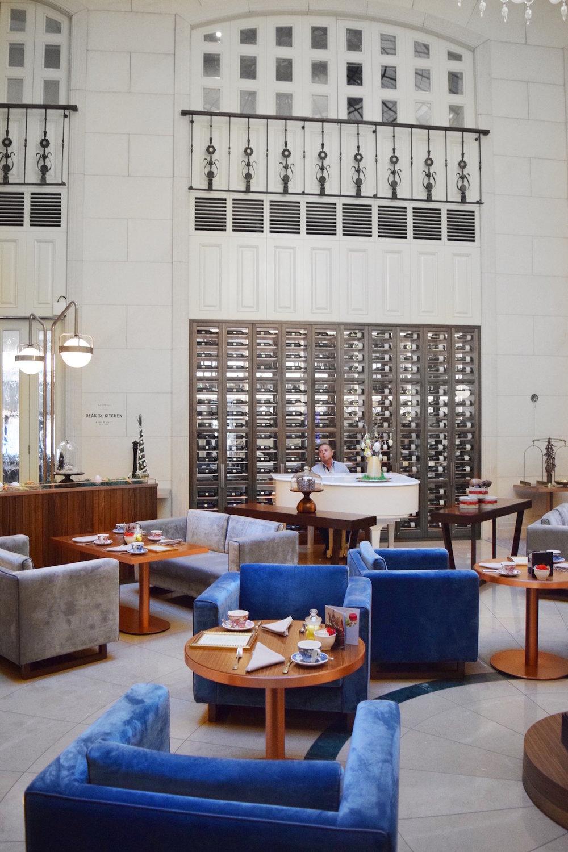 Breakfast room at Ritz-Carlton Budapest