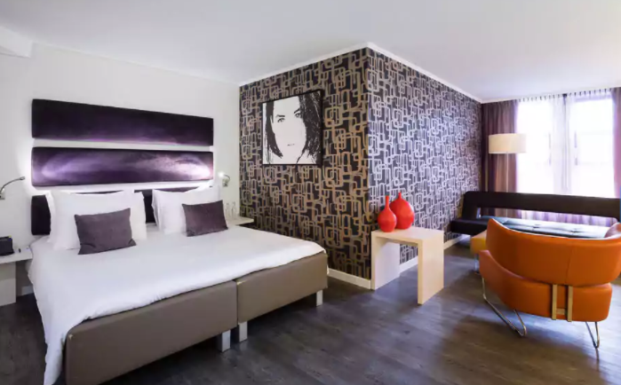 Best hotel in Amsterdam - Cost Effective Hotel in Amsterdam  Tessa Juliette http://travelwheretonext.com
