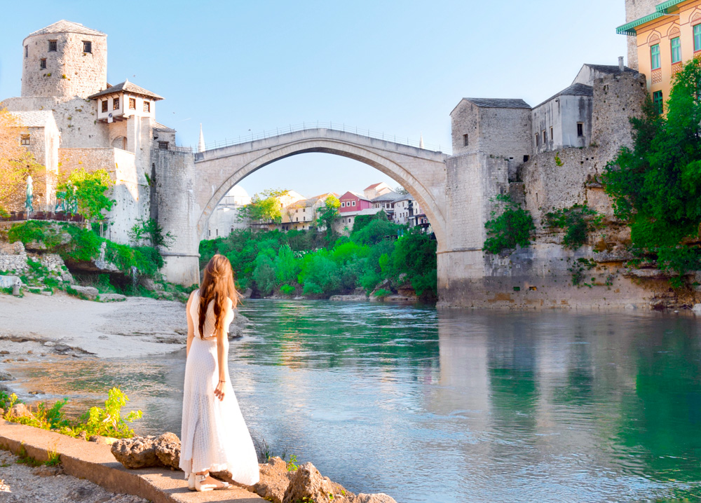 Everything you would ever want to know about visiting the Stari Most (Old Bridge) in Mostar. How to get to Mostar. Where to Stay in Mostar. Where to Eat in Mostar and so much more.   Tessa Juliette http://travelwheretonext.com