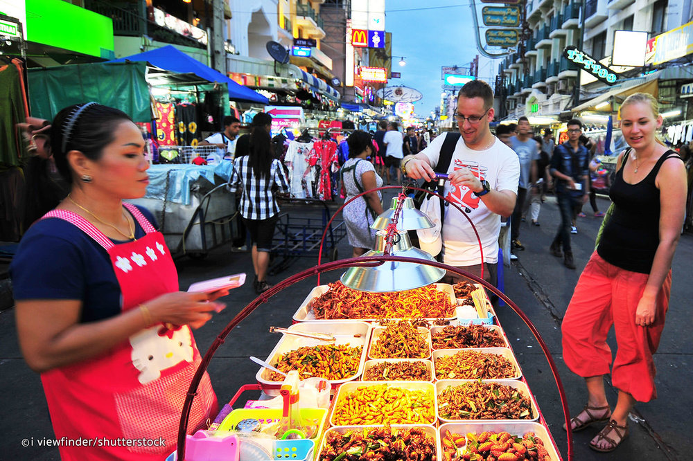 Eating on the streets of Thailand and sampling some true thai street food is a must do while in Bangkok