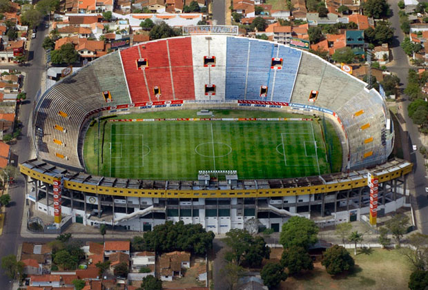 Estadio Defensores del Chaco  - Soccer is a huge pastime in Paraguay. In the 2010 World Cup, the national team even reached the finals! The best game to see would be between Olimpia and Cerro Porteño – the city's greatest rivals.
