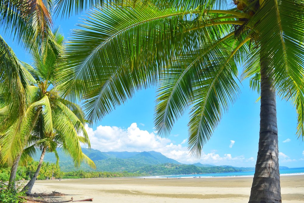 A great location for holiday travel is Costa Rica. The weather is wonderful and people are friendly! This makes Costa Rica one of the top places to travel during the holidays.
