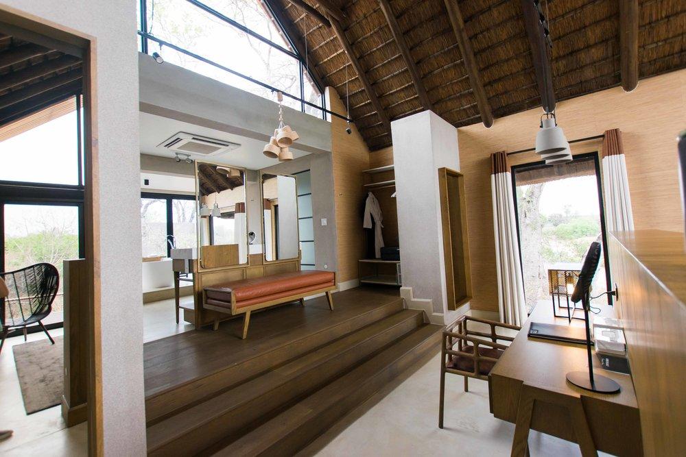 Vanity area Lion Sands Ivory Lodge