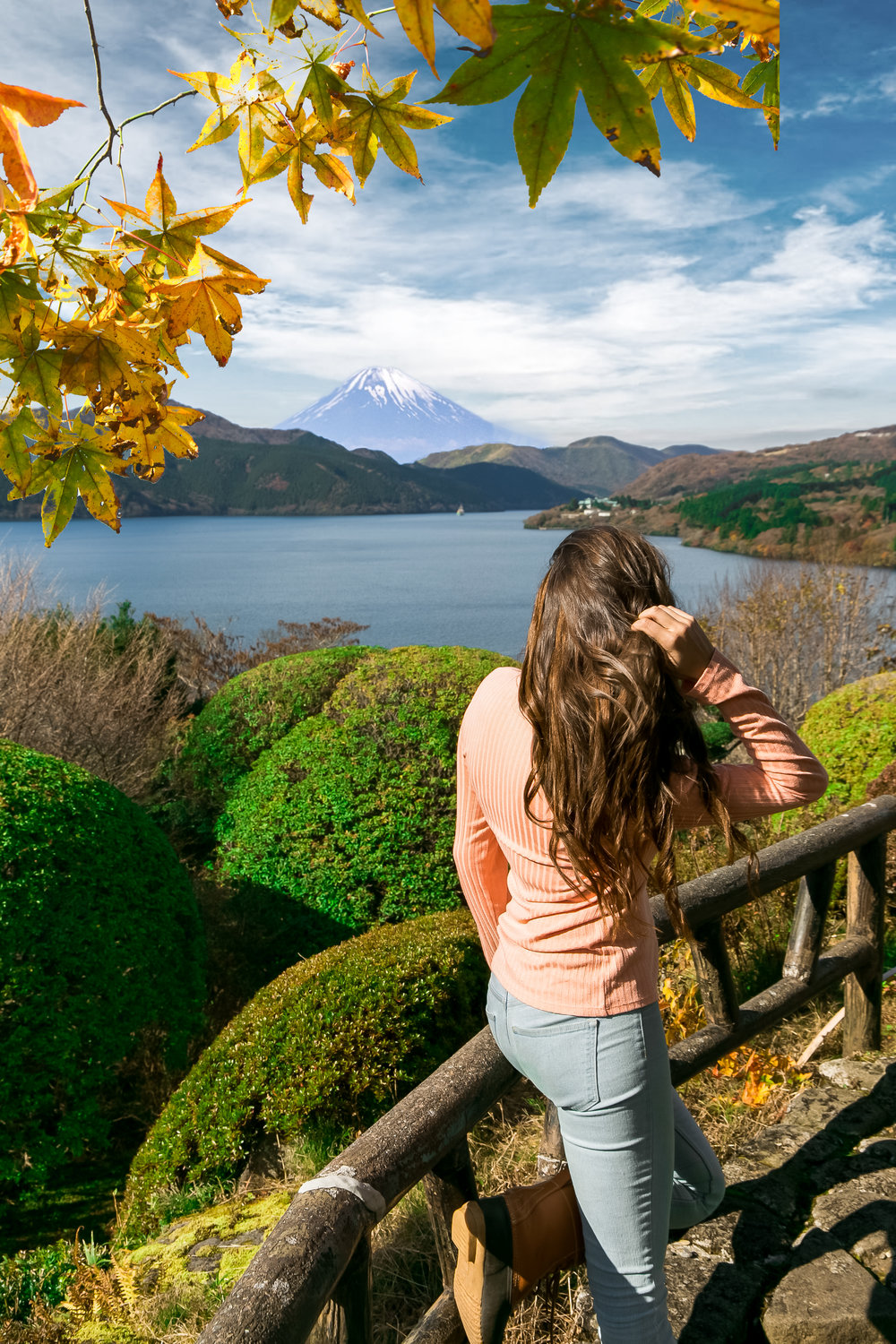 Mt Fuji - There are many places yo can see Mt Fuji from, but make sure yo plan your route before you go.Full article on how to get to Fuji.Best views of Fiji.