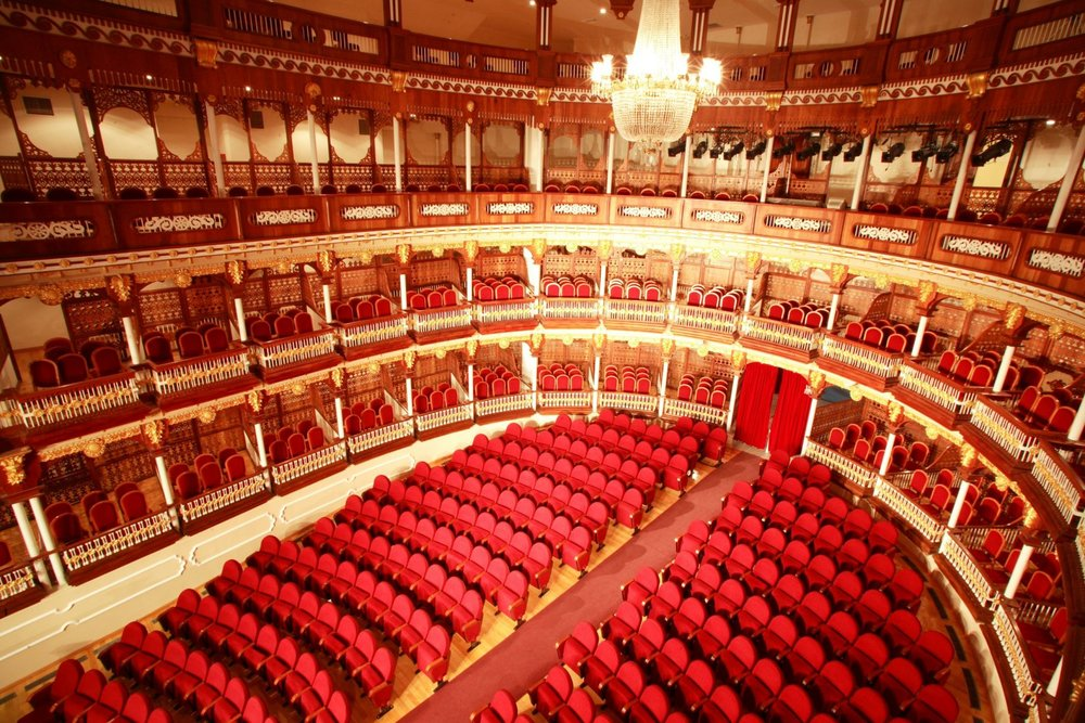 One of the best things to do in Cartagena is visit the teatro.