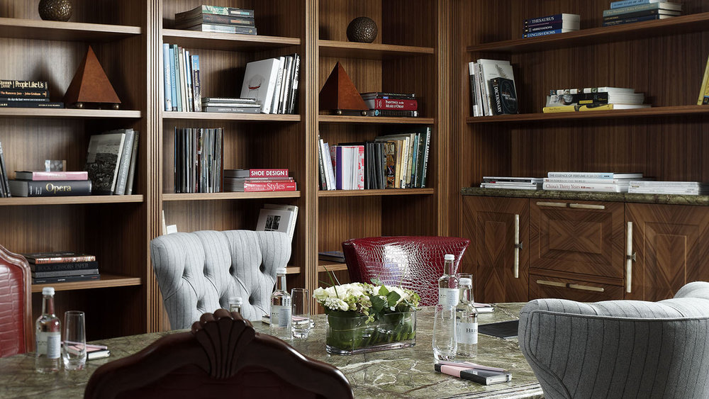 Private Library for Club Level Guests