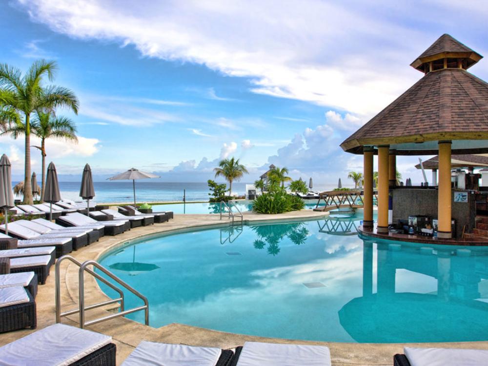Poolside bar at Secrets in Montego Bay