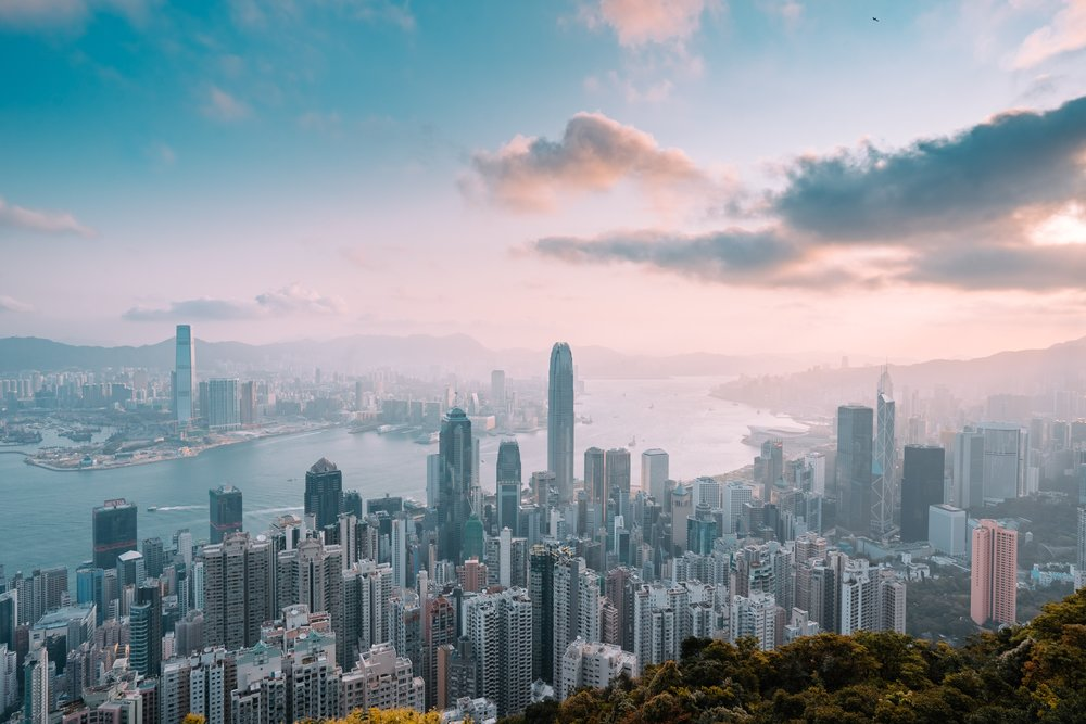 Plan a stopover in Hong Kong before heading on to the Philippines.