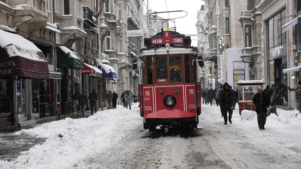 SNOWSTIKLAL (1 of 1).jpg