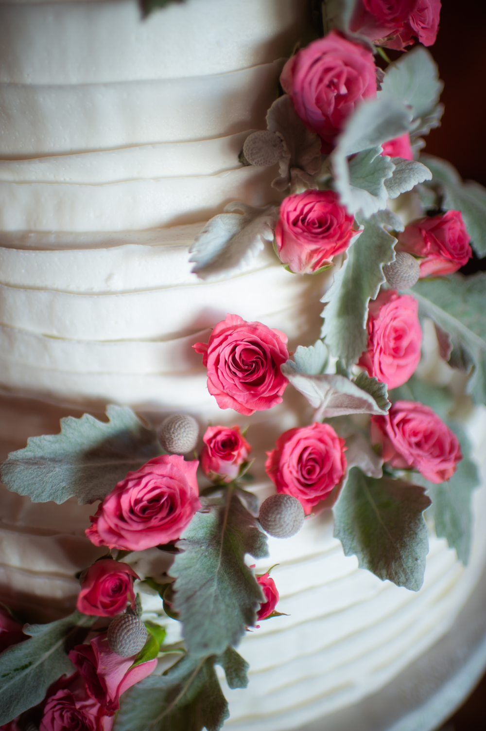 Cake With Pink Spray Roses, Silver Brunia & Dusty Miller | Pocketful of Sunshine Event Design: Columbia, SC