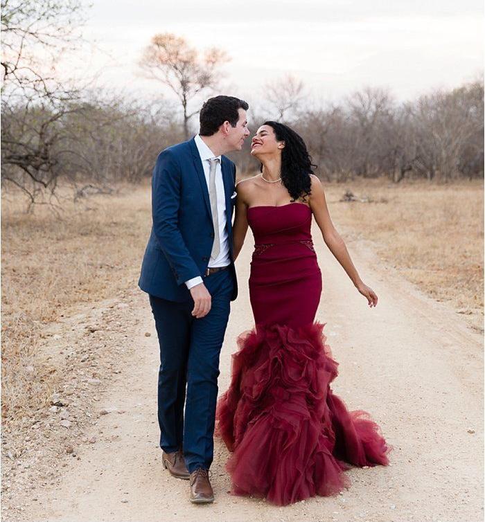Emilia Jane Photography| Vera Wang | via Mod Wedding