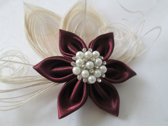 Cranberry Fascinator by Gibson Girl Garters   |   Pocketful of Sunshine Event Design Inspiration: Dusty Blue & Cranberry