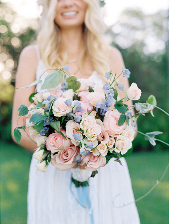 Wendy Laurel Photography via Wedding Chicks | Pocketful of Sunshine Event Design | Full-Service Wedding Planning | Columbia, SC | 2016 Colors Of The Year: Rose Quartz & Serenity