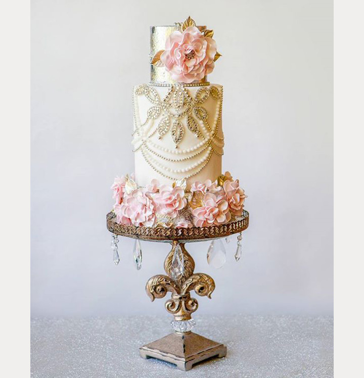 Amy's Cakes via Mon Cheri Bridal | Pocketful of Sunshine Event Design | Full-Service Wedding Planning | Columbia, SC | 2016 Colors Of The Year: Rose Quartz & Serenity