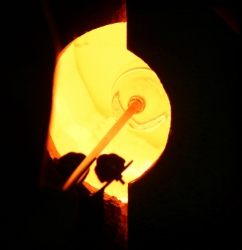 Looking into the kiln is a little like looking into the sun. Photo Credit: Steve Howen.
