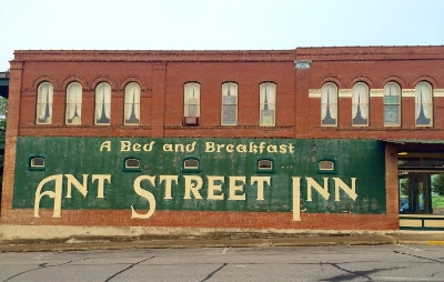 The Ant Street Inn has an odd name, but was a great looking place. Photo Credit: M'Lissa Howen.