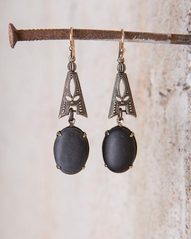 Black onyx cabochon earrings_e-1504.jpg
