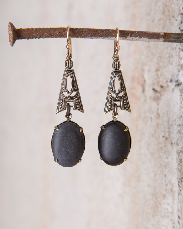 NOUVEAU BLACK ONYX CABOCHON EARRINGS  $128
