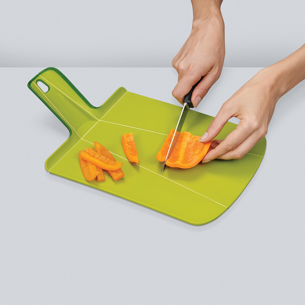 CHOP2POT CUTTING BOARD - GRAY $18