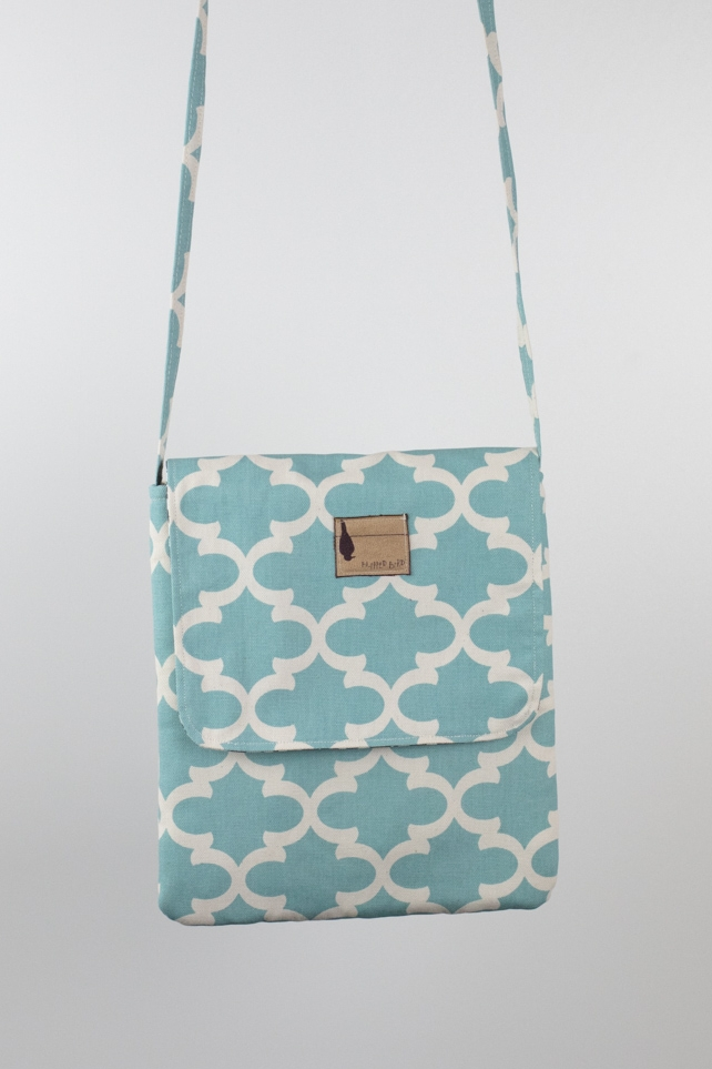 SEA SHORE TECHY BAG  $44