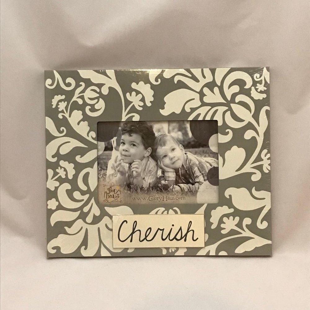Cherish Frame $18