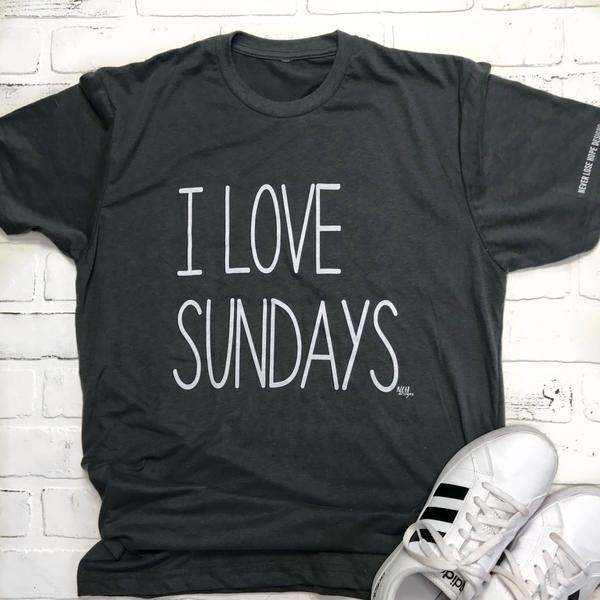 I Love Sundays T-Shirt sz Medium $25