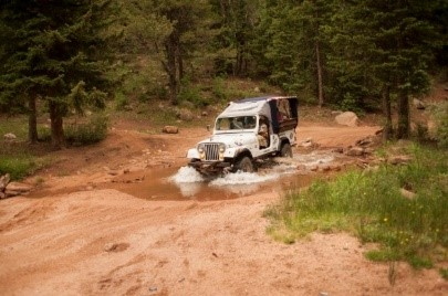 Jeep HC - Jeep Through the Water.jpg